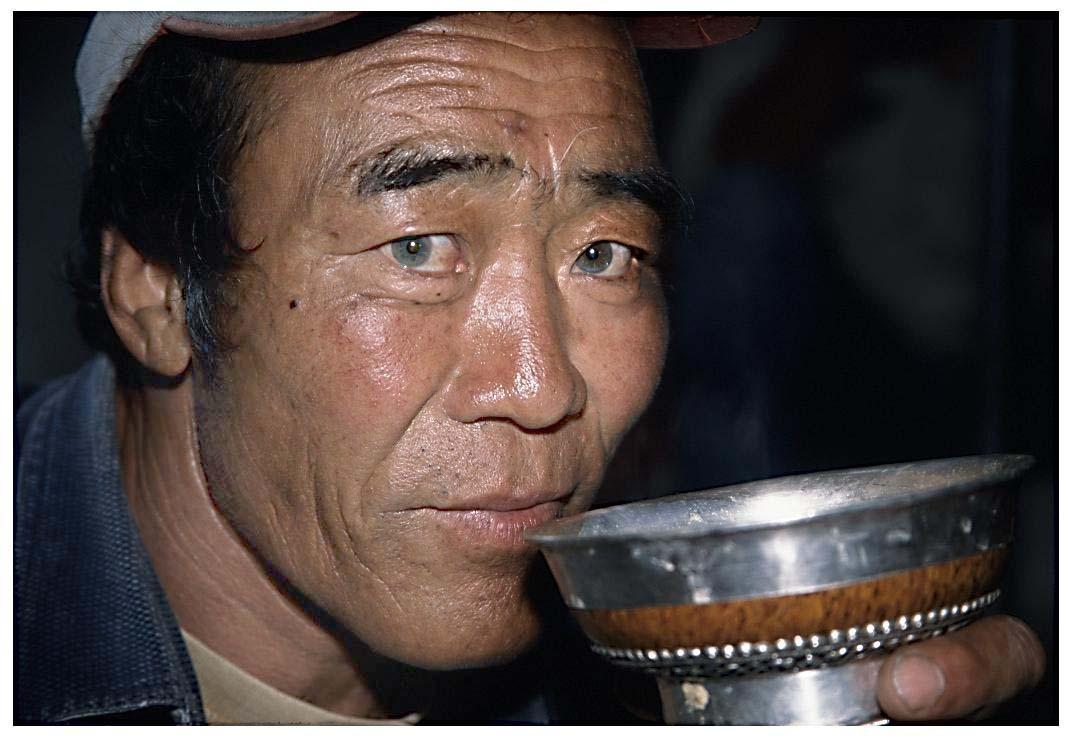 绿眼睛中国人|绿眼睛马犬|绿眼睛美女图片