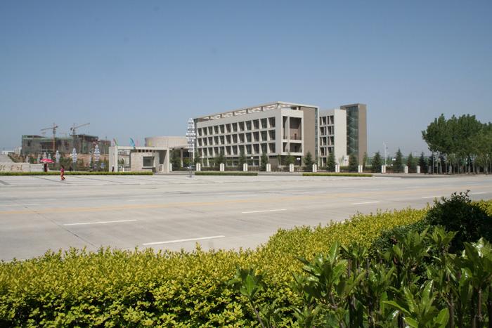 西安财经学院长安校区风光一簇图片-西安财经学院行知学院图片
