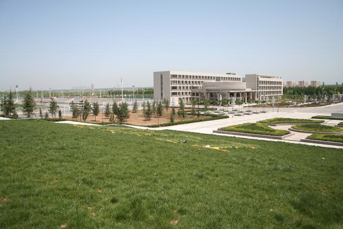 西安财经学院长安校区风光一簇图片-西安财经学院行知学院官网 西安图片