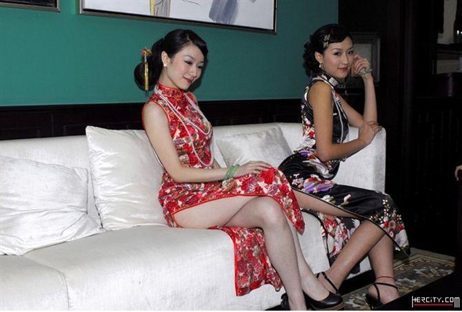 中国旗袍+妖娆美女+东方身材 修腿 溜滑肩 小蛮腰