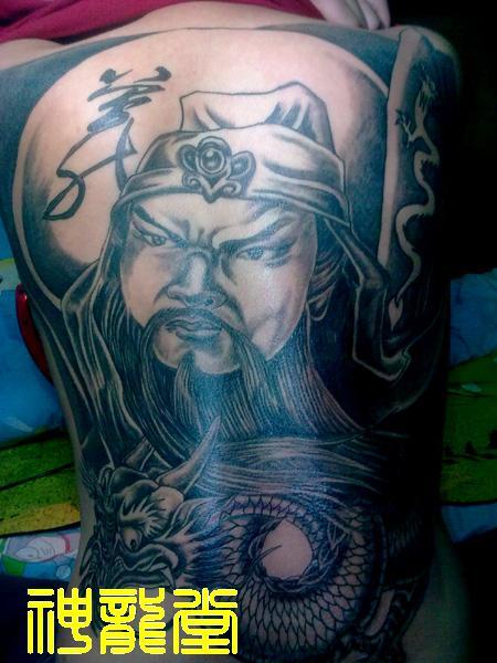 战马关公满背纹身手稿分享展示图片