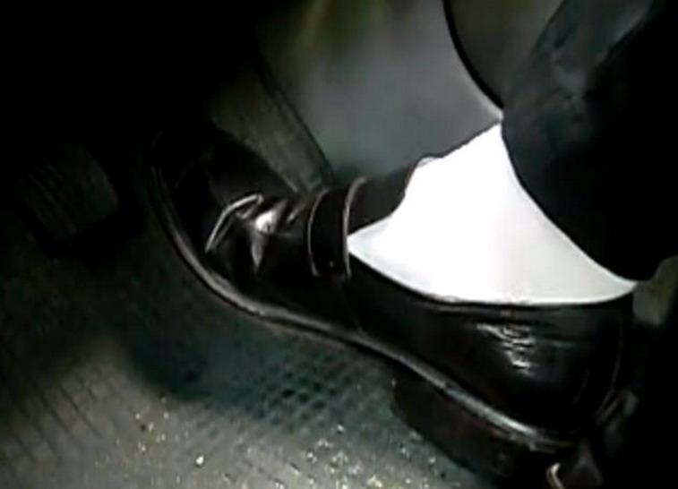 警察黑袜子 黑袜子警察帅哥 警察帅哥的黑色袜子图片
