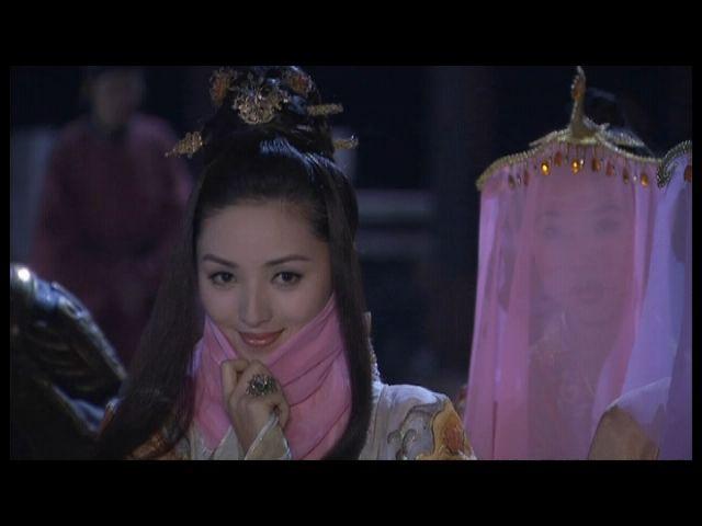 铿锵玫瑰:军中第一美女张澜澜写真
