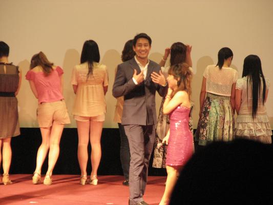 8月26日会星行动pong粉丝上海见面会 现场报道一篇 - 玫瑰木 - 玫瑰木的剧迷角落