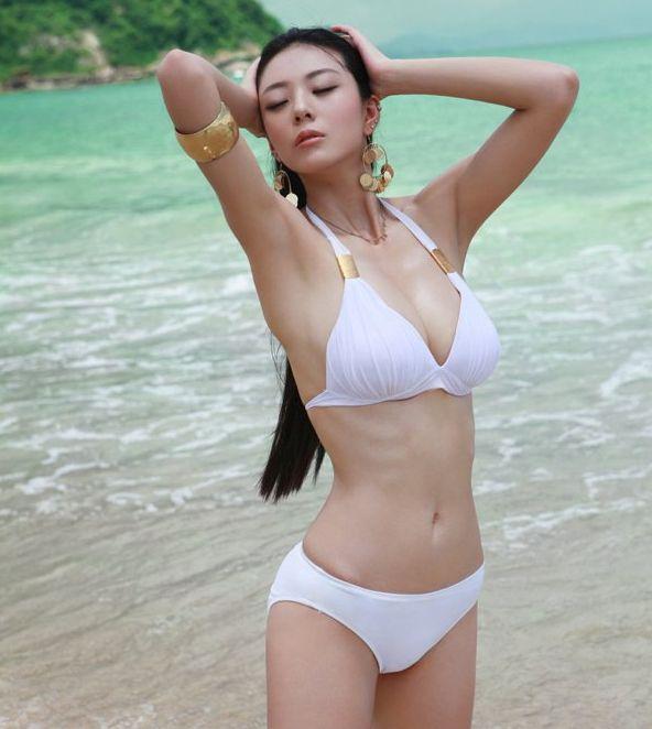 重庆美女被称第一黄金比例