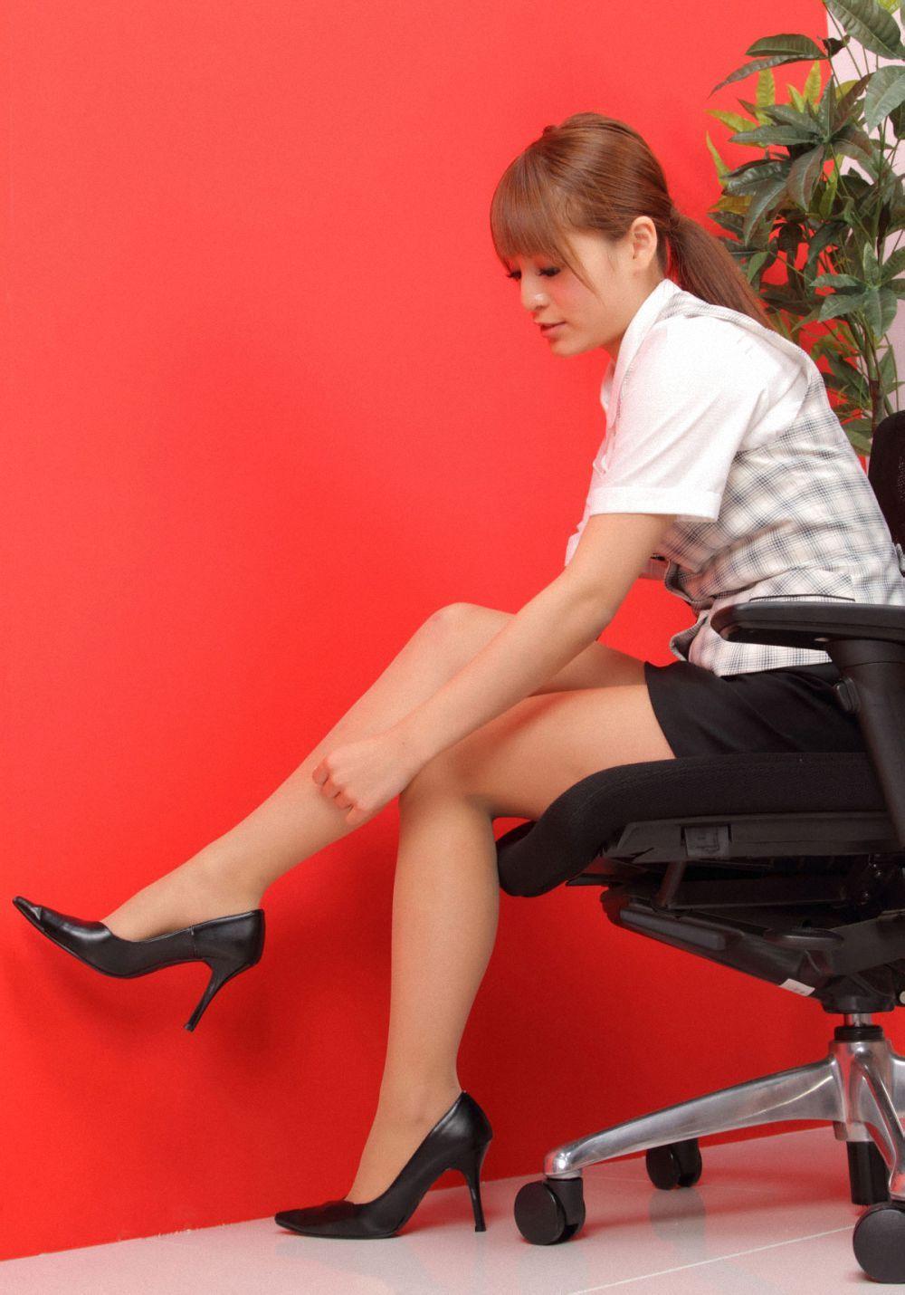 图集说明:小日本的秘书装