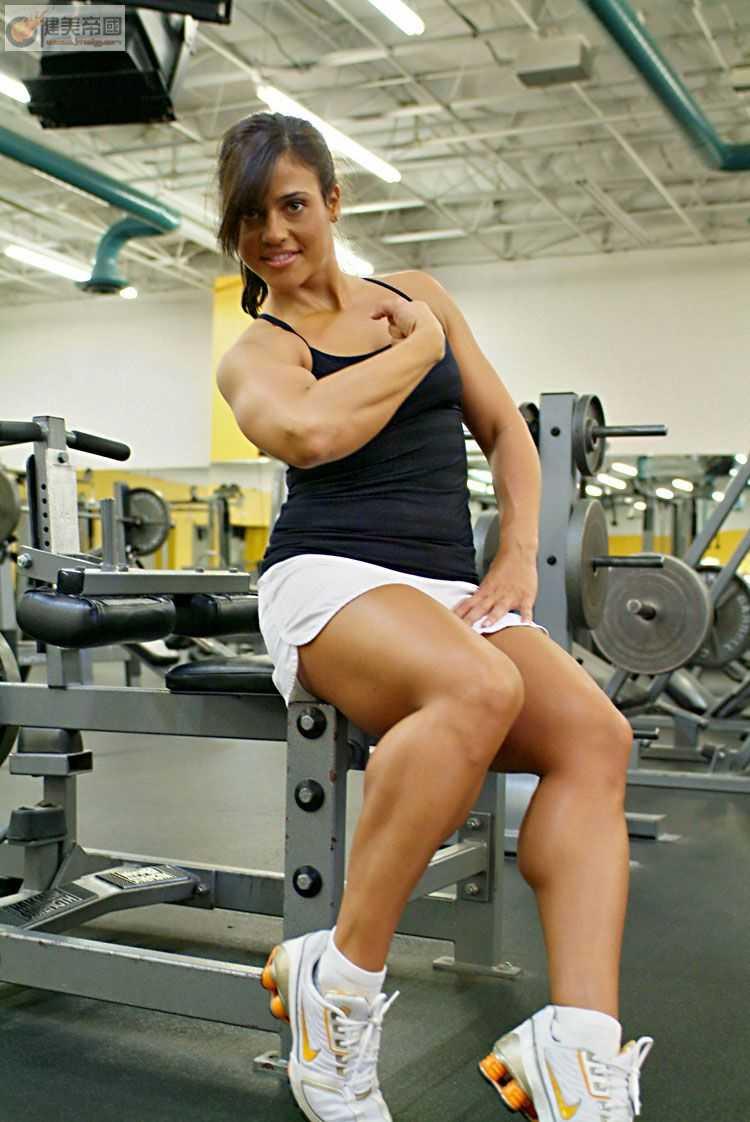 粗腿美女 肌肉女吧