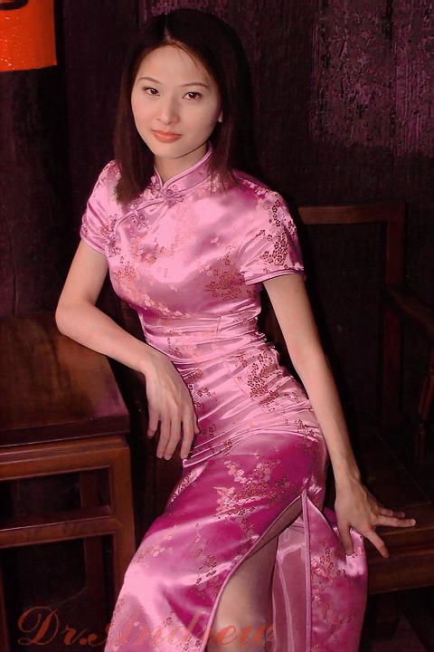 性感漂亮旗袍美女组图中
