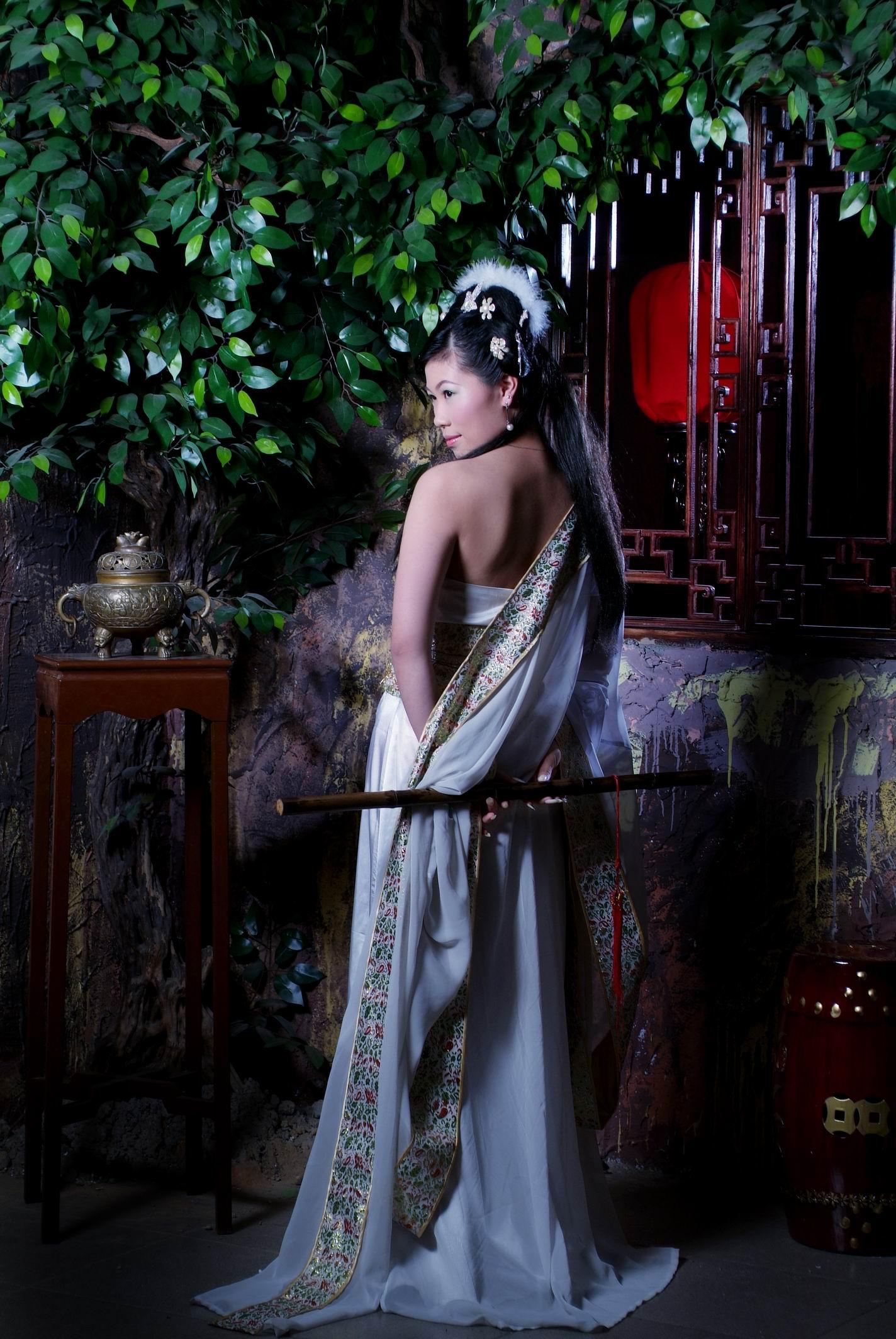 【明朝宫廷】――古代美女写真集 竖