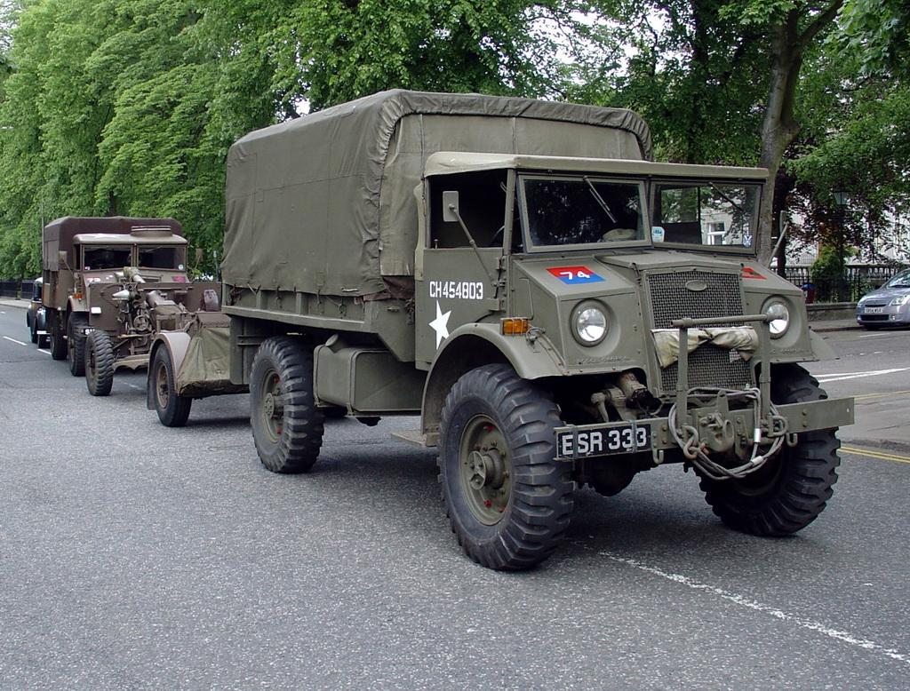 GMC CCKW353十轮卡车(组图)