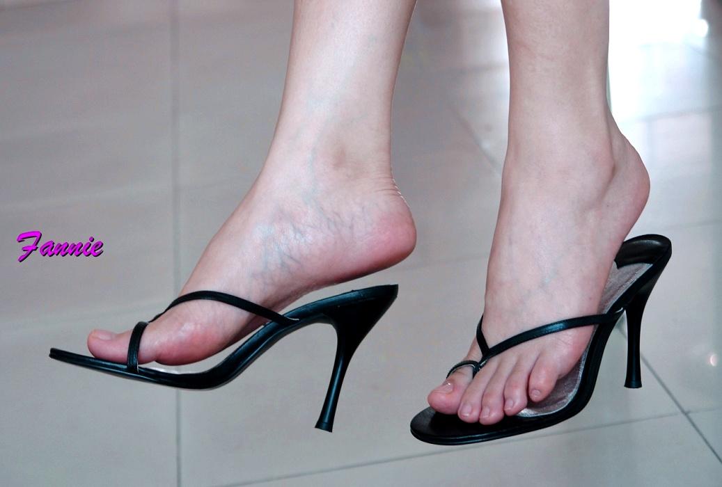 黑色高跟鞋诱惑 阳光乌托邦