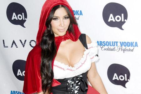 这里主要搜罗了一些欧美系性感美女们的万圣节扮相