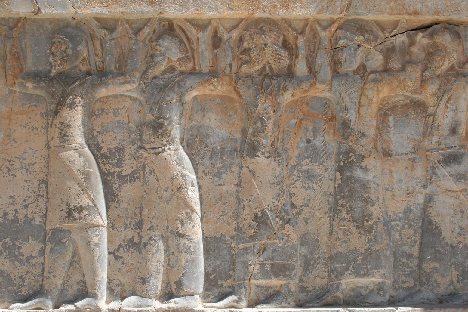 [异域风情]古代波斯人服饰:交领右衽和宽袖图片