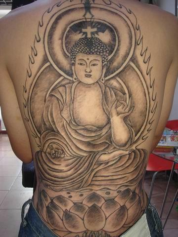 降龙满背纹身图案_降龙满背纹身图案分享展示 (360x480)-半甲关公图片