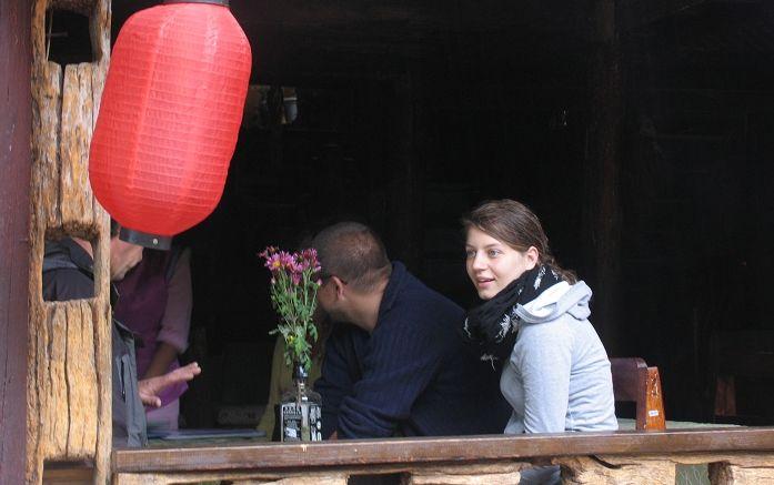 有重庆的邻家小妹 更有来自地球另一端的金发女郎