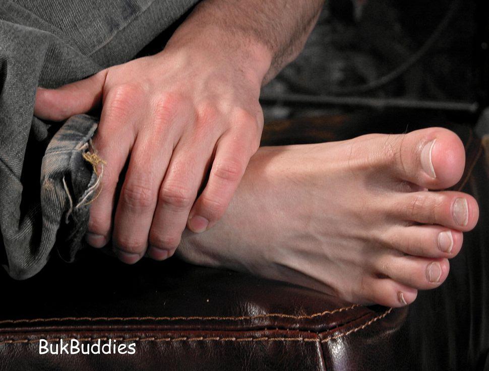白袜脚袜帅哥的臭脚文章图片下载,帅哥吃白袜男孩脚 ...
