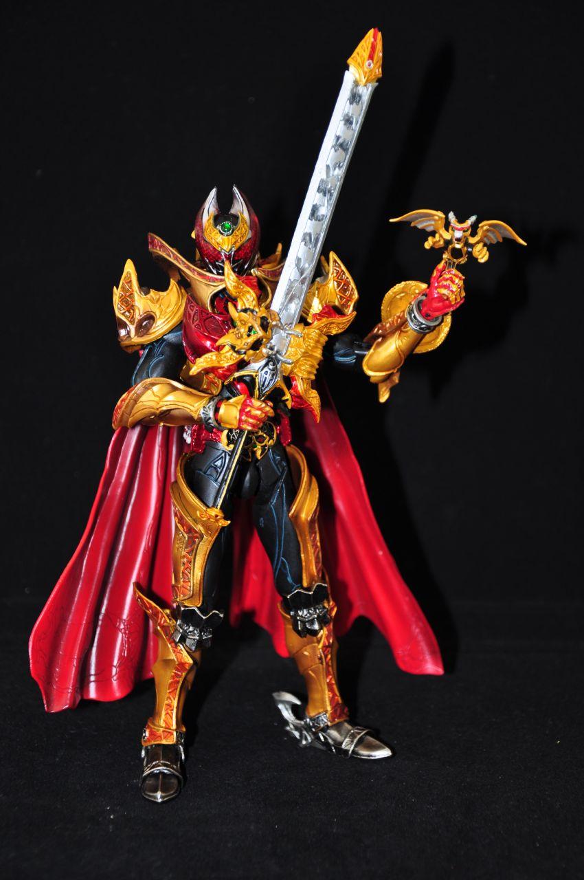 假面骑士 kiva 魔皇状态图片
