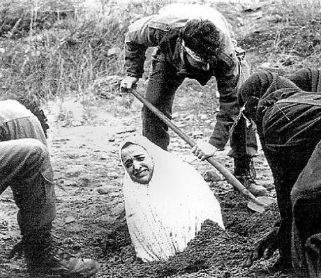 索马里女子遭石刑致死