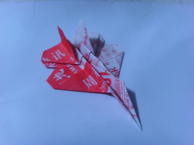 ... 页叠纸动漫_宣传单折纸装饰店面,宣传单页纸叠造型