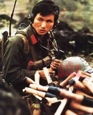 对越战争,向英雄敬礼。