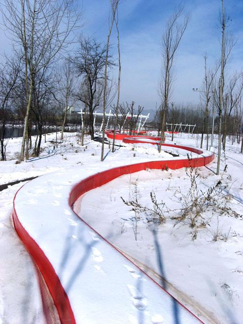 绿林中的红飘带——秦皇岛市汤河滨河公园设计 - wanghecheng100 - 王合成的循环经济与生态城镇博客