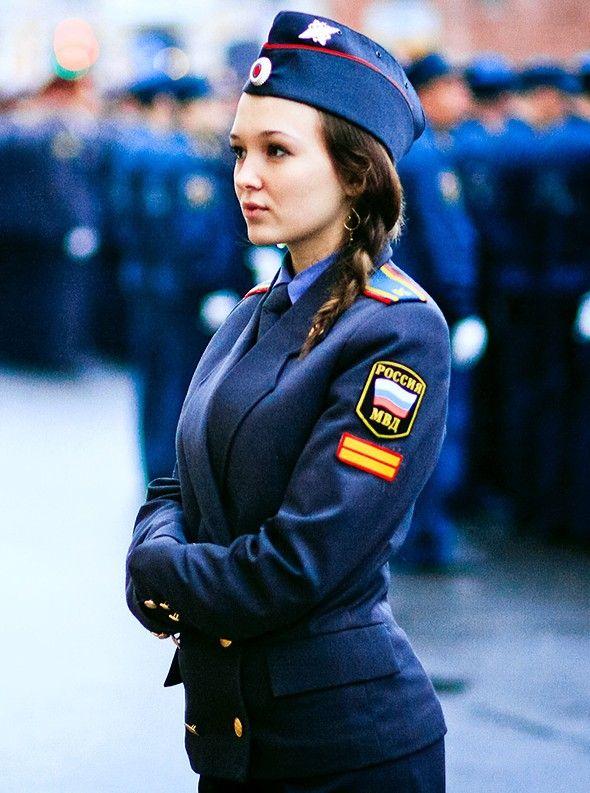 俄罗斯强力部门中的气质美女军人 竖