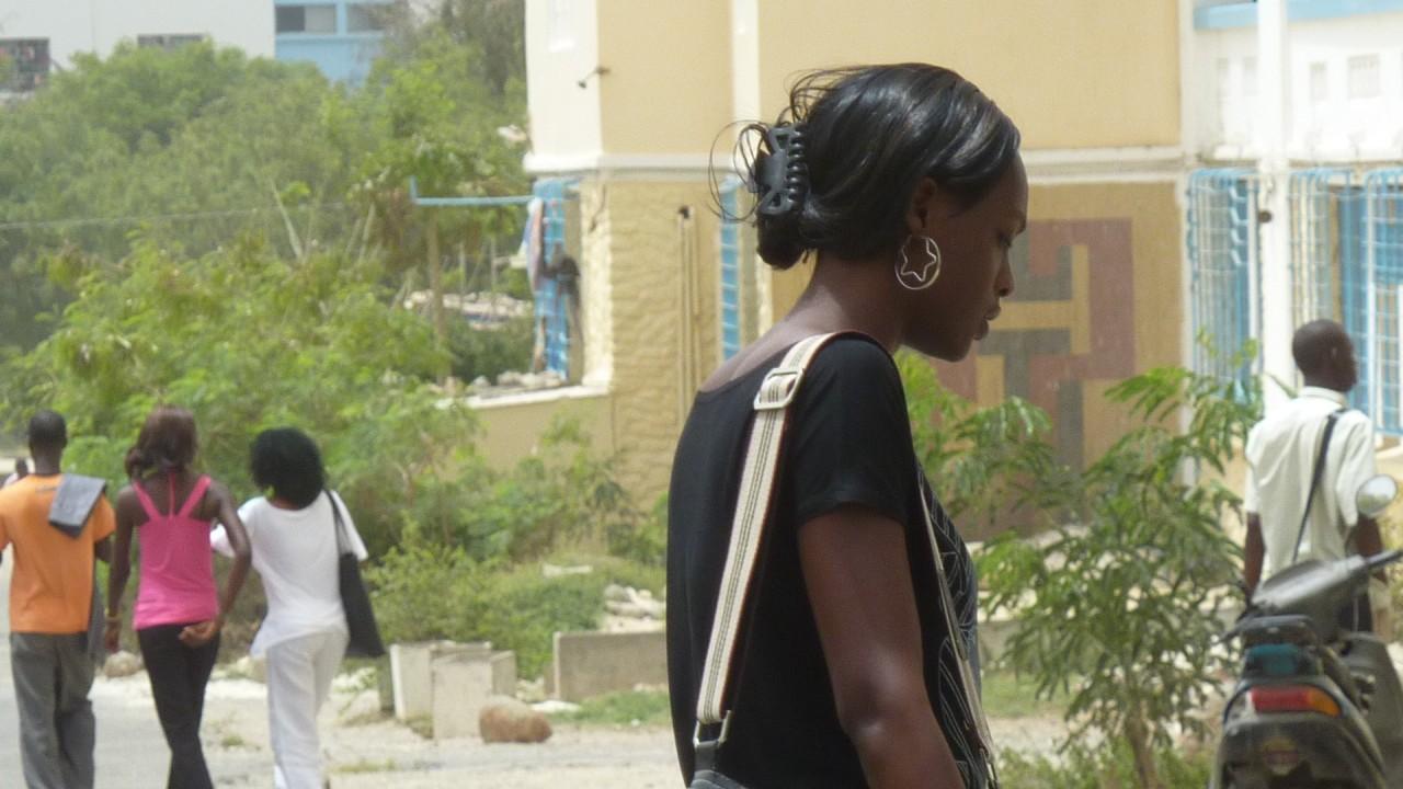 非洲塞内加尔的美女附图片