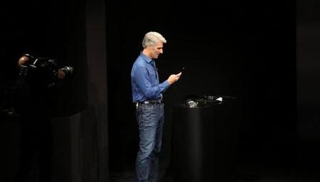 苹果发布会脸部识别演示失败,副总裁捏了把汗!