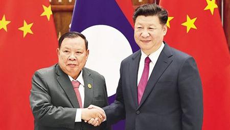 习近平在老挝媒体发表署名文章