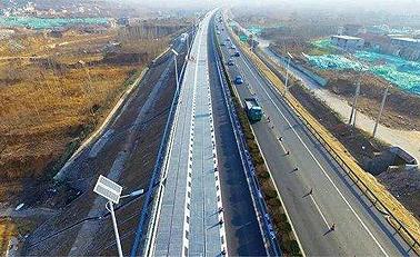 全球首段光伏高速公路现济南