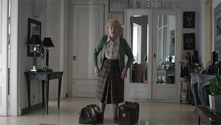 老奶奶玩起套路来怕你不是对手