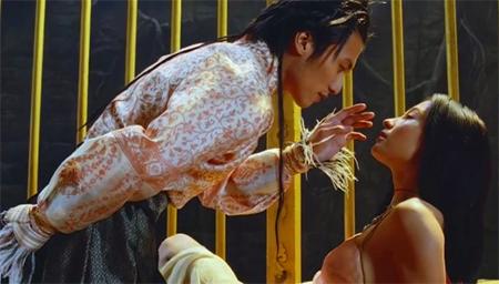 陈凯歌宣称这部电影十年内没人看懂,陈导谦虚了