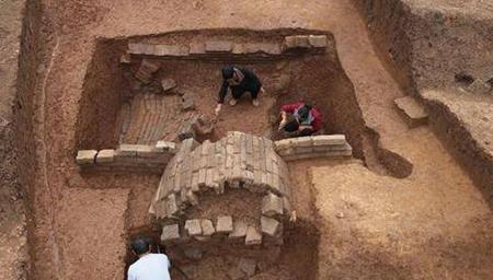 考古发现迄今最大汉代聚落遗址