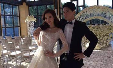 朱孝天韩雯雯婚纱照曝光在婚礼现场拍摄