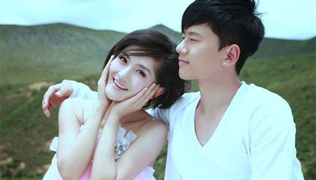 张杰宣布老婆谢娜怀孕!