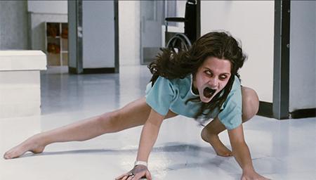 【麦绿素】几分钟看完恐怖片《死魂盒》恶魔是个萝莉控