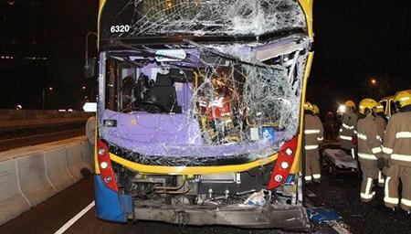 香港新界连环车祸致70人受伤