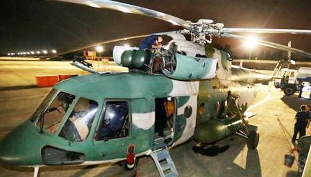 实拍九寨沟震后次日:西部战区直升机赴灾区