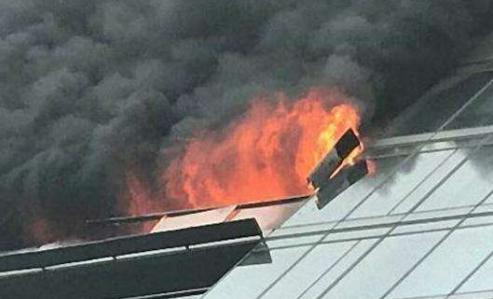 杭州千万豪宅起火 女主人与3名子女丧生