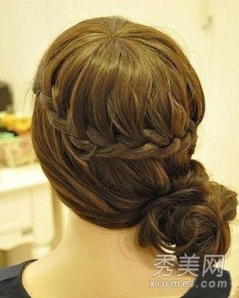 简单韩式编发盘发步骤 diy绝美发型图片
