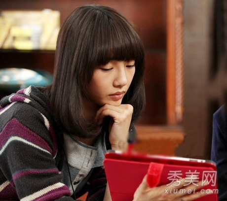 学明星齐刘海直发 大龄女生齐扮嫩_美容护肤知识大全图片