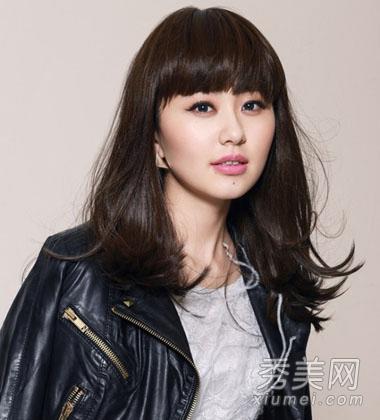 2013秋冬流行发型 内扣梨花头显脸小图片