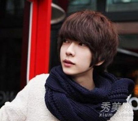 2013韩式男生短发烫发 尽显王子范帅气图片