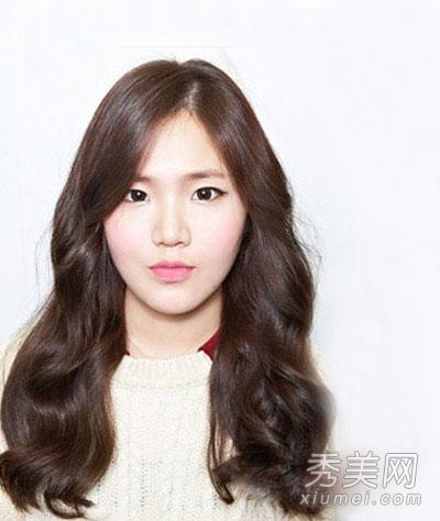 鹅蛋脸女生发型精选 八款韩式长卷发发型图片
