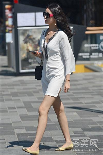 街拍美女�z(�y��9n�_北京街拍美女 穿着时尚回头率高