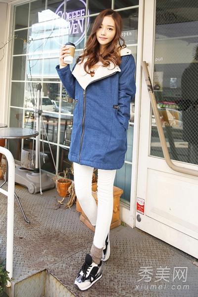 2014街头最in冬装搭配 大衣混搭球鞋潮范图片