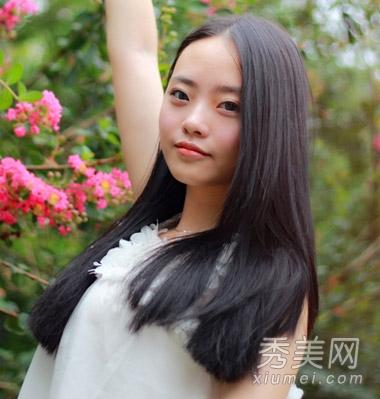 圆脸女生适合发型图片 中分直发气质清新图片