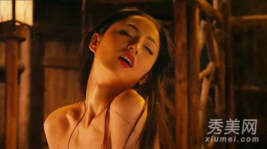 激情情色中文_在3d情色巨制《3d肉蒲团》中,蓝燕除了奉献大量激情戏,更有一组裸浴