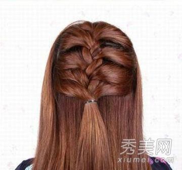 公主系蝎子辫半扎发发型详细步骤图片