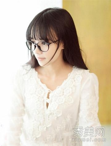 清纯萌妹惹人爱 大学生适合的9款中长发图片